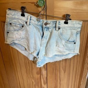 Urban outfitters light wash jean shorts
